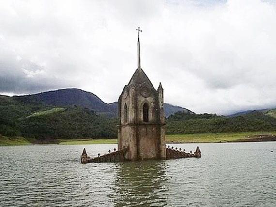 DROWNED CHURCH BUILDINGS